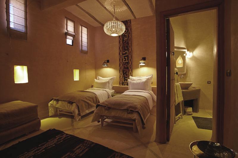 Les chambres riad caravane chambres d 39 h tes a t ben for Caravane chambre